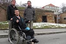 Jakub Neubert s asistentem Štěpánem a Erikem Čiperou, vedoucím osobních asistentů