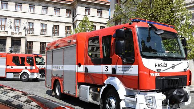 Pražští profesionální hasiči. Ilustrační foto.
