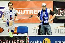 KAPITÁN CHODOVA Matěj Jendrišák (vlevo) i jeden z trenérů David Podhráský už vědí, že jejich tým do semifinále nepostoupí.