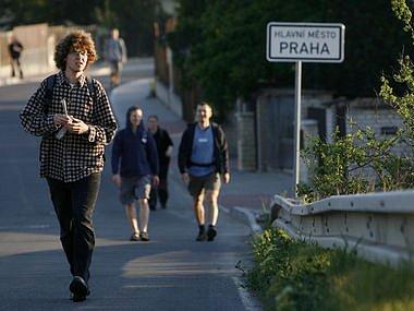"""POCHOD PRAHA-PRČICE. Tradiční trasa Karla Kulleho, pojmenovaná po zakladateli pochodu, měří """"pouze"""" 70 kilometrů."""