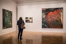 Národní galerie představila 25. dubna v Praze výstavu prací německého malíře Gerharda Richtera. Retrospektivní přehlídka bude přístupná v paláci Kinských do 3. září.