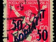 """Známka, která vyšla v roce 1927 omylem. Je na ní vyznačena hodnota """"50/50h Doplatit""""."""