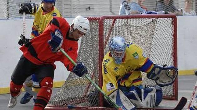 Cestu do baráže o extraligu Kert Parku nečekaně zahradili hokejbalisté Dobřan.