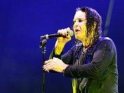 Zpěvák Marilyn Manson v Brně zklamal své fanoušky.
