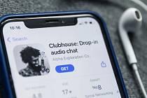 Nová hvězda sociálních sítí Clubhouse sotva vyšla a už skomírá! Nebo ji snad ještě zachrání vytvoření androidové verze?