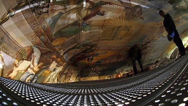 ZDALEKA NENÍ HOTOVO. Filosofický sál vstupuje do druhé etapy rekonstrukce.