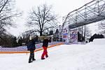 Poslední přípravy před otevřením Olympijského parku na pražské Letné 5. ledna.