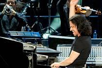 Skladatel a hudebník Yanni