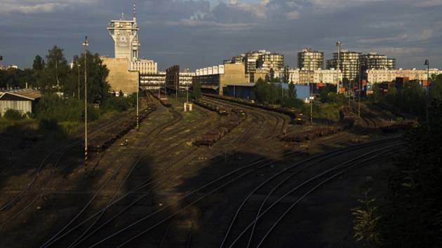Kolejiště Nákladového nádraží Žižkov.