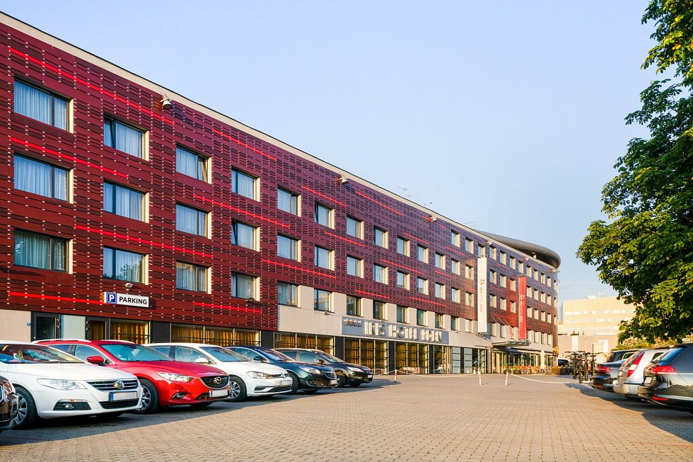 Hotel Iris v útrobách stadionu Slavie Praha