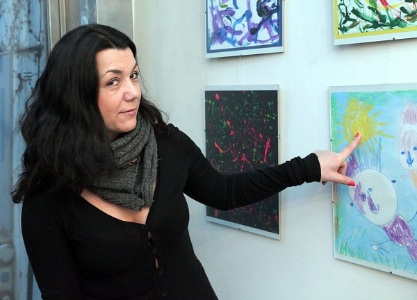 Zahájení putovní výstavy fotografií a výtvarných prací klientů Dětského centra Paprsek snázvem Blahoslavení