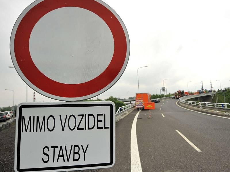Uzavírka dálnice. Ilustrační foto.