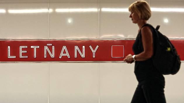 Stanice metra Letňany.