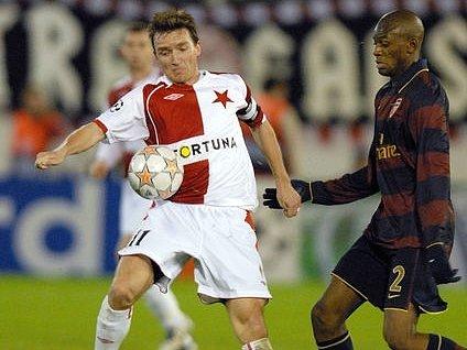 ZÁRUKA ÚSPĚCHU. Když hrál Vladimír Šmicer naposledy, zajistila si Slavia postup do Ligy mistrů přes Ajax. Teď zase bodovala s Arsenalem a míří tak do pohárového jara.