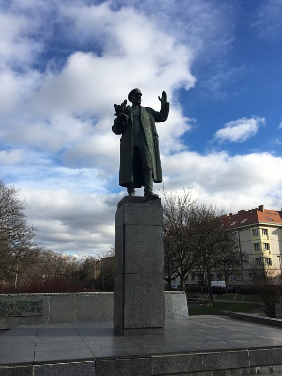 Socha maršála Koněva v Praze 6.