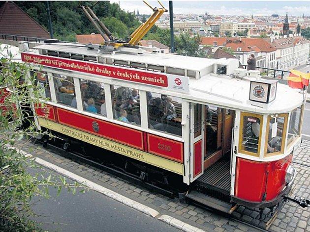 Stará tramvaj.