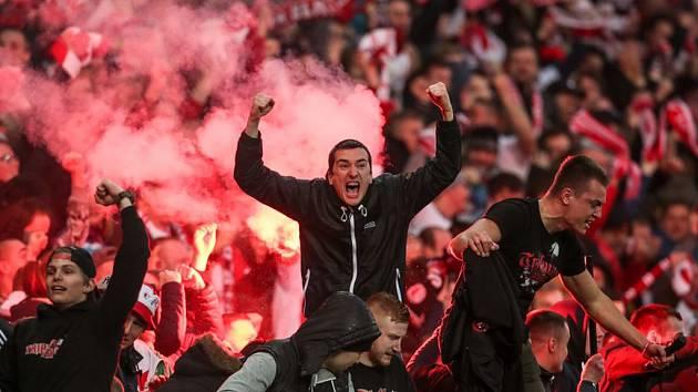 Fanoušci Slávie.