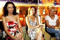 TŘI PRINCEZNY. Sisa Sklovská, Iveta Dufková a Pavla Břínková se už v těchto dnech pouštějí do zkoušení operety.
