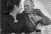Sonja Bullaty a fotograf Josef Sudek,60.léta,repro.