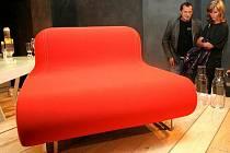 V centru Prahy finišuje letošní ročník výstavy Designblok. Na své si přijdou hlavně milovníci českého designu.