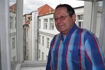 """""""Tady se psala historie našeho svazu,"""" říká o kanceláři v šestém patře budovy číslo 24 na Senovážném náměstí Miroslav Prokeš."""