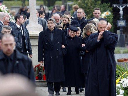 POHŘEB. Rodina zavražděného Václava Kočky (na snímku) prožívá těžké chvíle.