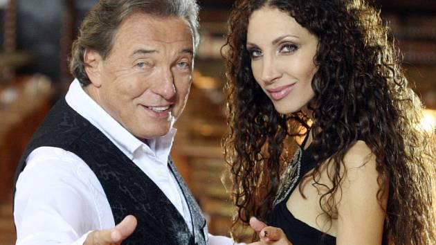 Karel Gott a Olga Lounová v novém videoklipu