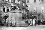 Ernest Denis. Odhalení sochy významného slavisty Ernesta Denise provázely veškeré pocty.
