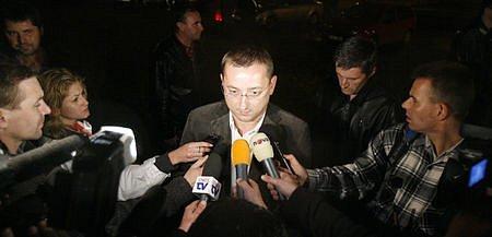Na místo se dostavil pražský radní Rudolf Blažek.