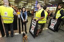 Happening pirátské strany proti zavedení turniketů v metru se konal ve stanici I. P. Pavlova 13. září v Praze.