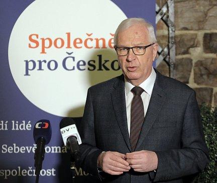Tisková konference Jiřího Drahoše k Senátu