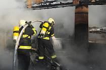 Požár v areálu výstaviště v Letňanech.