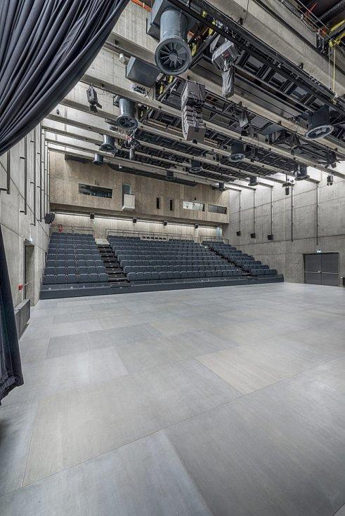 Nominace na České ceny za architekturu. Centrum současného umění DOX+ od Petr Hájekt Architekti.