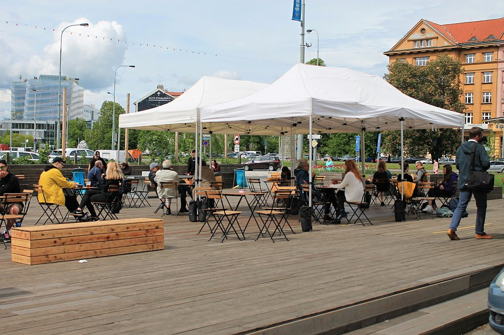 V pondělí 17. května 2021 otevřely zahrádky restaurací a barů.