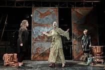 Herci Divadla v Dlouhé baví diváky přes internet.