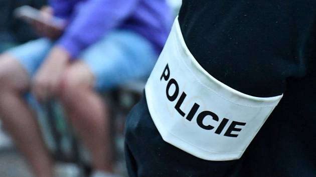 Další policejní zátah na Letné.