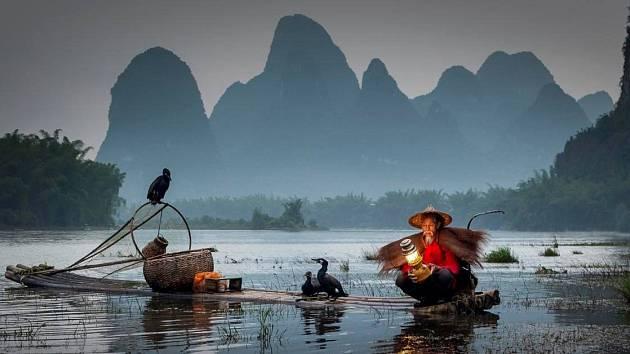 Poznejte s cestovatelem Alešem Tvrdým krásy Číny, Hong Kongu a Macaa.