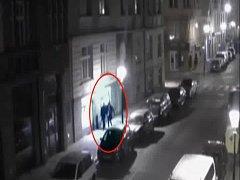 Jeden z vandalů platil pokutu, druhý je podezřelý z trestného činu