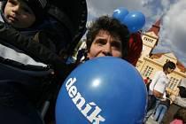 DEN S DENÍKEM. Pro malé balónky, pro větší diskuze se zástupci města.