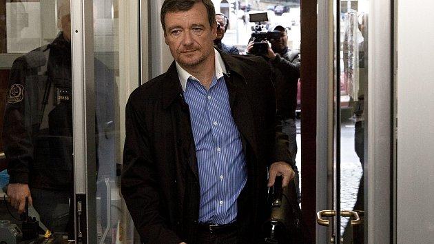 Krajský soud v Praze se vrátil ke korupční kauze kolem bývalého středočeského hejtmana Davida Ratha.