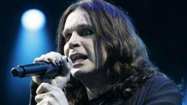 Rockový černokněžník Ozzy Osbourne zatopí pod kotlem v Sazka Areně.