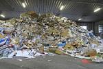 Pražské služby vyvracejí mýty o třídění odpadu v hlavním městě v reakci o rozšíření videa z hlavního nádraží.