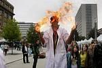 Týden vědy Open Air pokračoval 20. září v Praze sérií expozic Věda v ulicích.