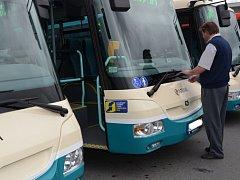 Autobusy společnosti Arriva. Ilustrační foto.