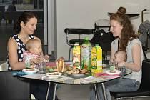Maminky si v Mama klubu mohou zacvičit i popovídat