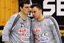 DUKELSKÁ BRANKÁŘSKÁ DVOJICE Tomáš Petržala (vlevo) a Daniel Rangl.