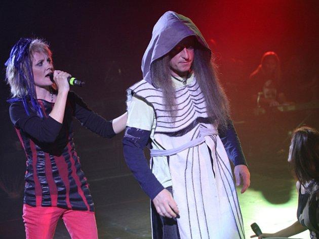 Generální zkouška první české metalové opery 7 proti Thébám MetalOpera. RockOpera Praha