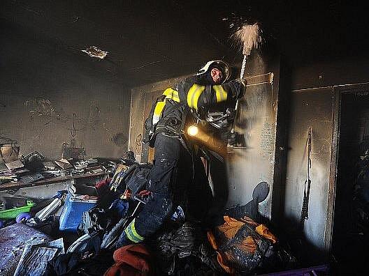 Požár bytu na pražském Smíchově.