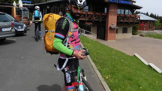 Jan Toth, ředitel závodu horských kol na 250 kilometrů přes Česko, Německo a Polsko.