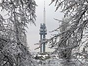 Žižkovský vysílač v zimě.